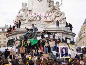 Ce 8 mars à 15 h 40 les femmes étaient appelées à débrayer