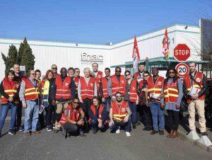 Pour les « journées rouges de l'intérim », la solidarité s'organise à la Fnac Logistique Essonne