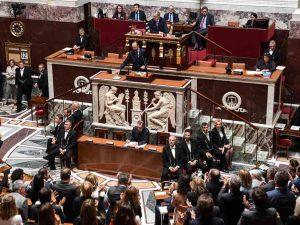 Discours de politique générale : Édouard Philippe maintient ferme le même cap