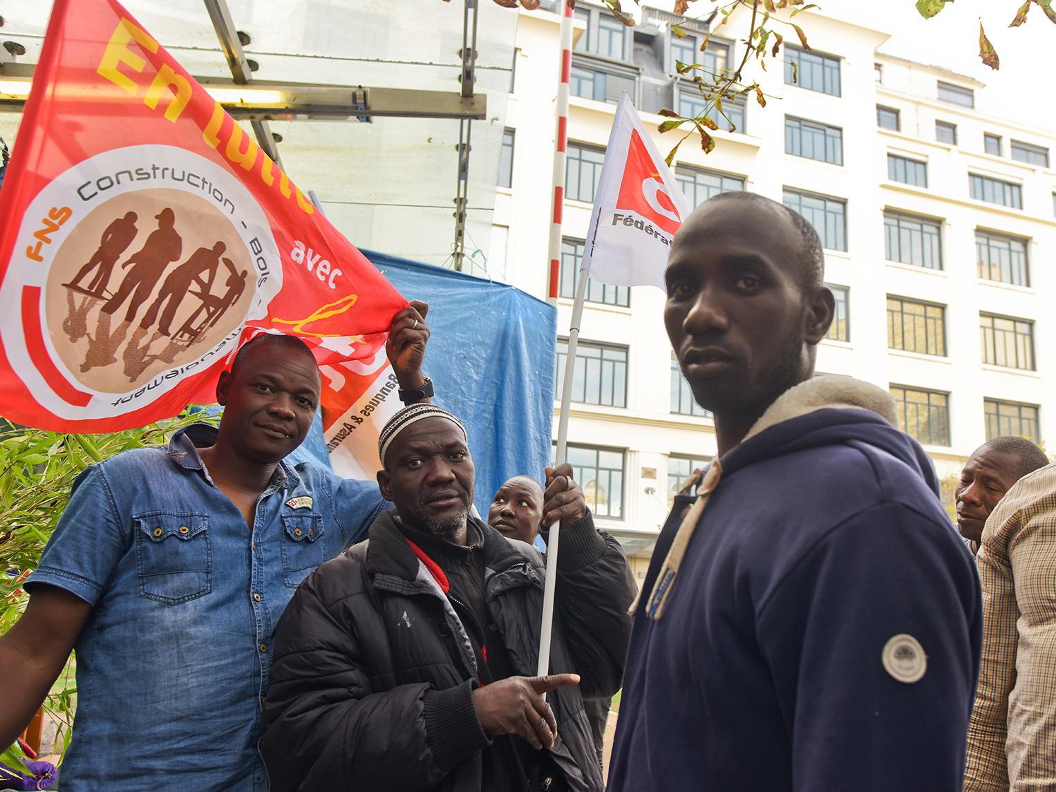 Première condamnation d'un employeur pour « discrimination raciale et systémique » contre des travailleurs sans papiers