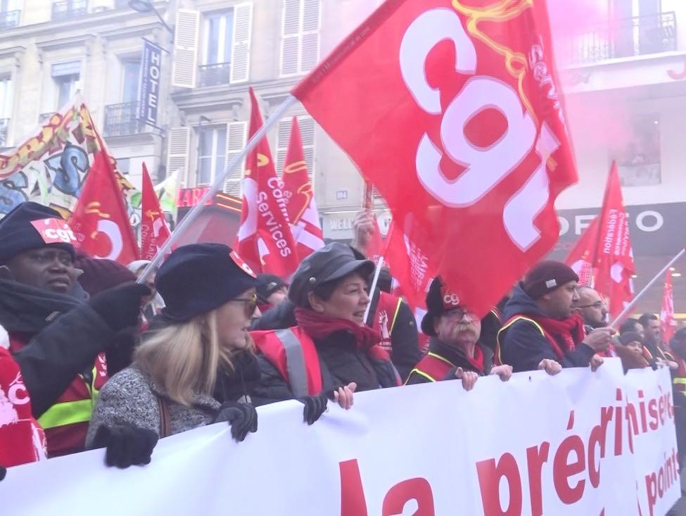 Manifestation à Paris des salariés du commerce, « tous perdants » avec la réforme des retraites