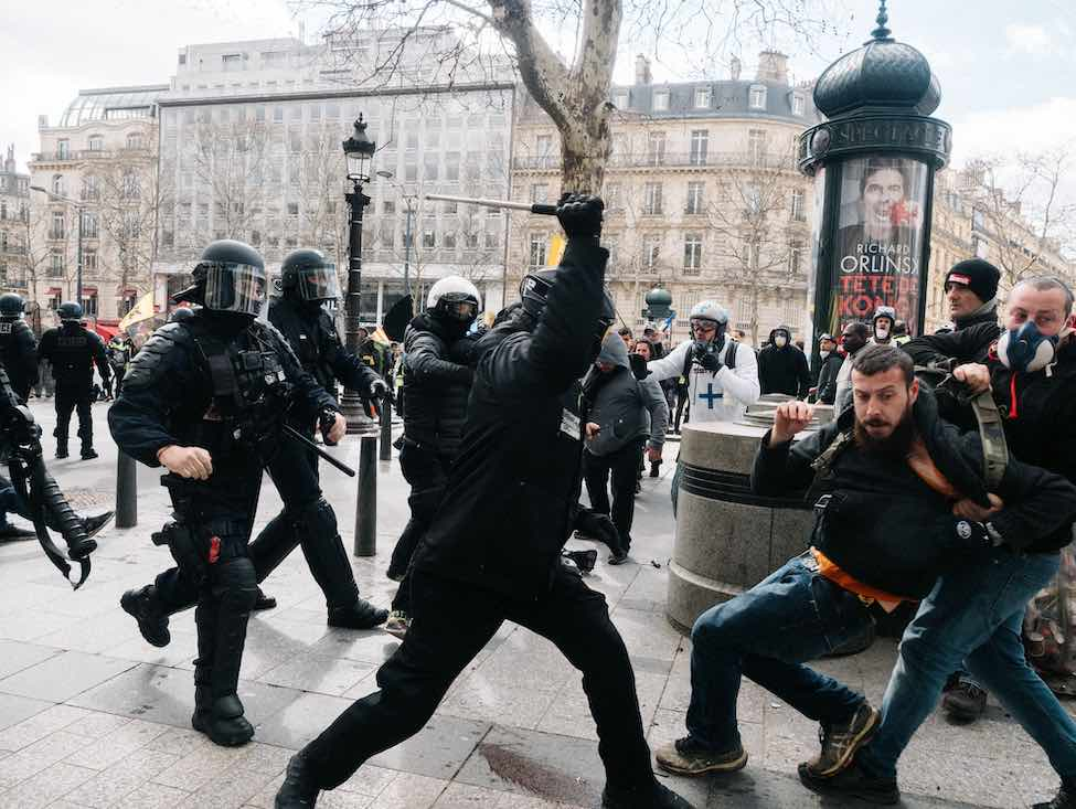 Violences policières : comment en est-on arrivé là ?