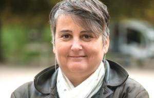 Face aux violences policières, la liberté de manifester de plus en plus confisquée : entretien avec Céline Verzeletti