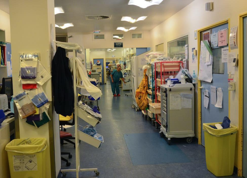 Les Hôpitaux de Paris « jamais confrontés à un phénomène d'une telle ampleur »