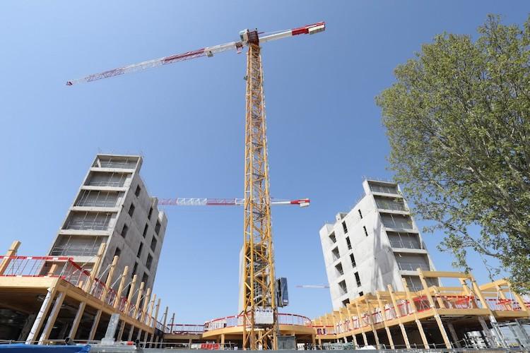 Construction : les syndicats s'opposent à la reprise des chantiers non urgents