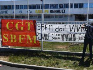 Menace de fermeture de sites Renault : blocage de la Fonderie de Bretagne