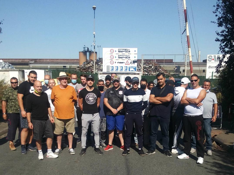 Les aciéristes en grève durable à la SAM de Montereau (Seine-et-Marne)
