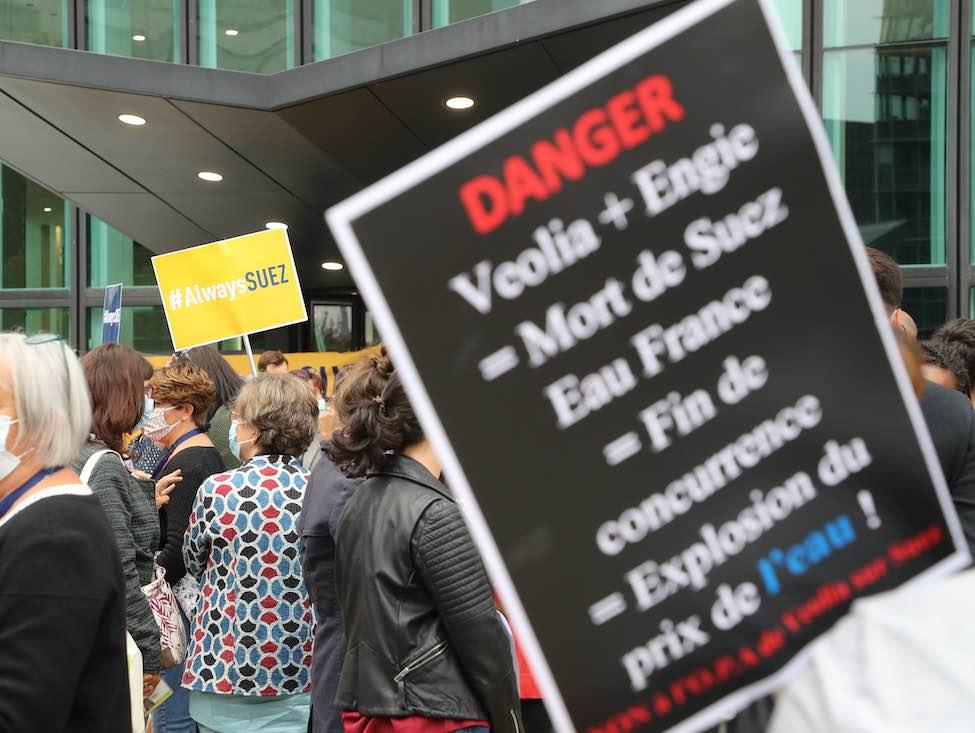 Les salariés de Suez mobilisés contre l'OPA de Véolia