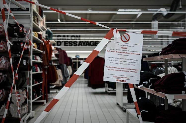 Dans la grande distribution, les syndicats dénoncent le recours abusif au chômage partiel