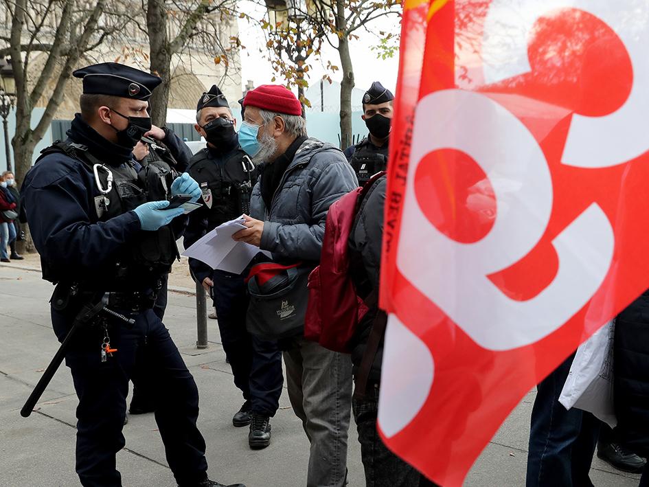 Des militants CGT verbalisés à Paris pour avoir défendu l'hôpital