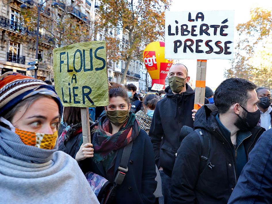 Preuve de l'attaque incroyable que représente la loi sécurité globale contre la liberté de la presse, la mixité et la variété des rédactions engagées dans la marche des libertés de ce samedi, de Mediapart à Paris Match, des rédactions de M6 et autres télés à celle du Figaro…