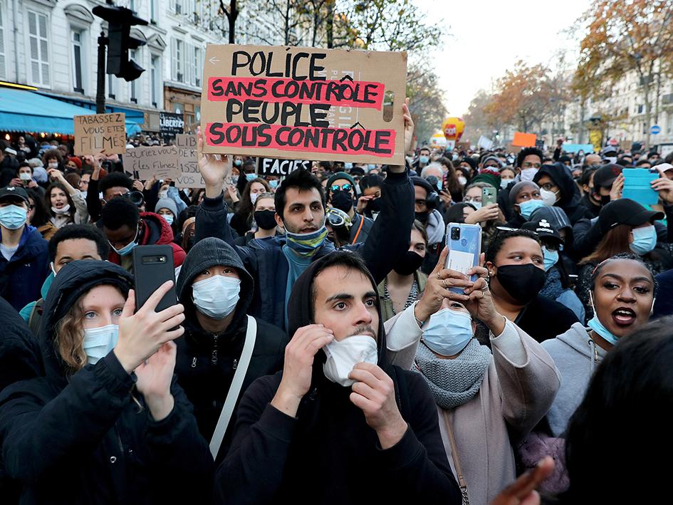 De nombreuses affaires de violences policières, dont plusieurs sorties juste après la marche, impliquent des vidéos qui ont permis de démontrer l'invalidité des témoignages des forces de l'ordre et ont corroboré les versions des victimes