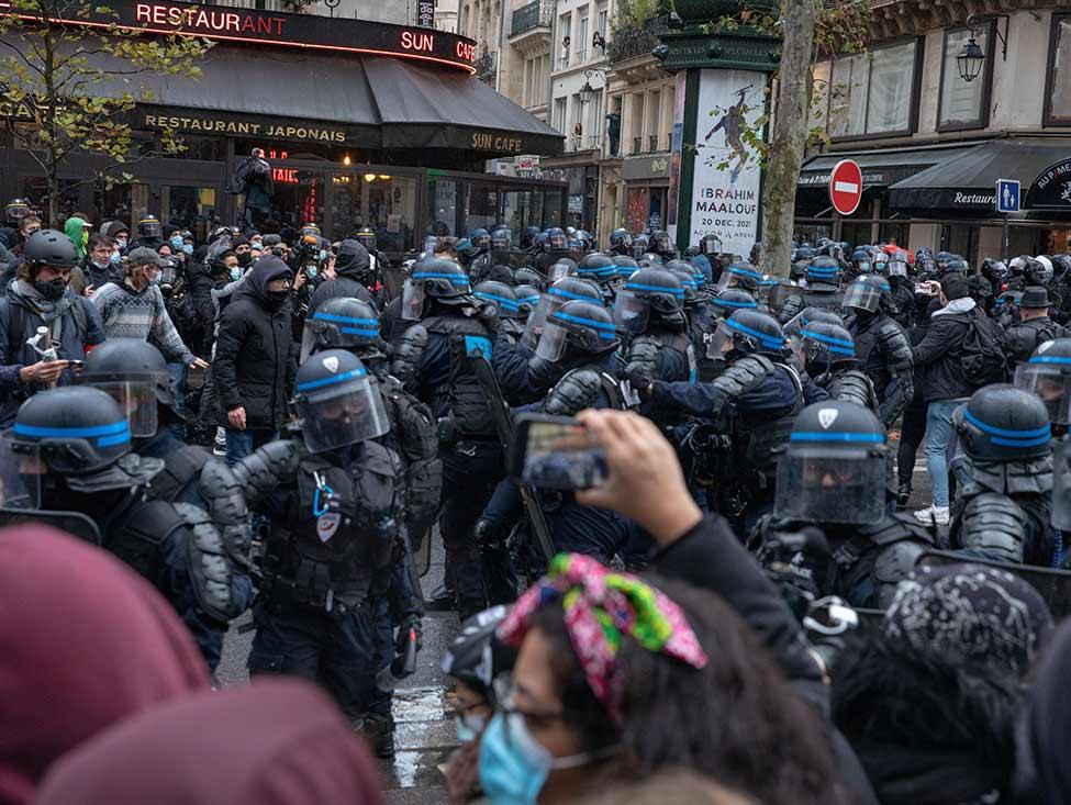 Manifestation du 12 décembre : une dizaine d'interpellés portent plainte contre Lallement