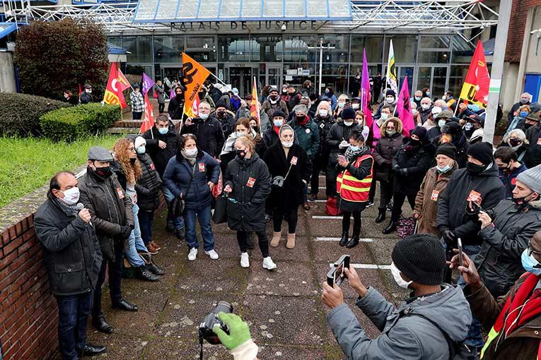 Affaire Hervé Ossant : la justice de classe s'acharne contre un dirigeant CGT