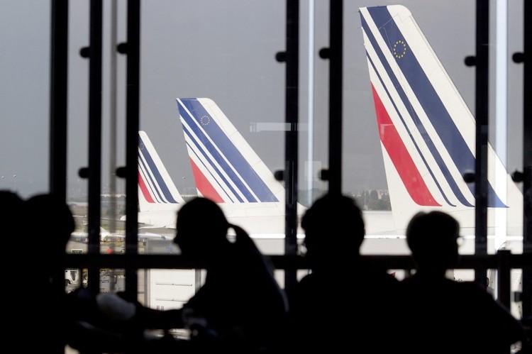 Interview : Faux plan d'aide et vraie poursuite de la casse de l'emploi chez Air France