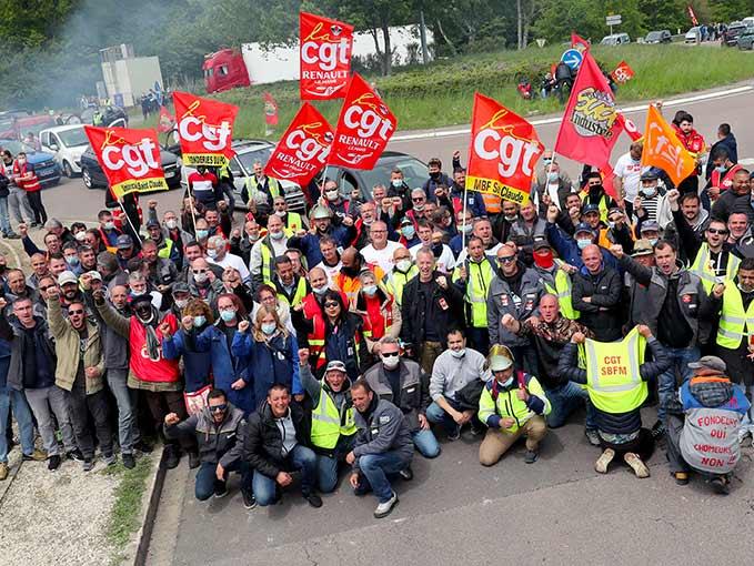 Les salariés des fonderies en lutte débarquent chez Renault-Villeroy dans l'Yonne