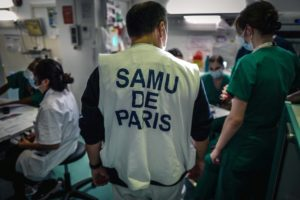 Panne des numéros d'urgence: les syndicats dénoncent une «politique industrielle défaillante»