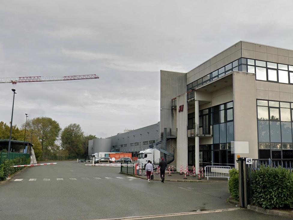 En grève, les H&M Le Bourget refusent de se faire dépouiller